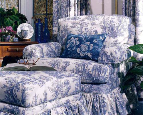 hampton-bedroom-chair-and-ottoman-detail