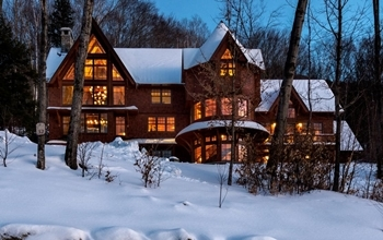 Ski Country Chic Exterior View New Hampshire